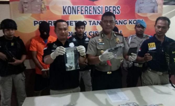 Perampok Bersenjata Tangerang